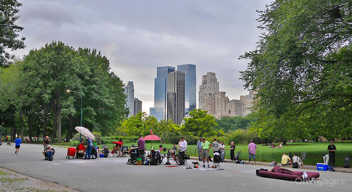 Central Park, vue d'un axe piétonnier